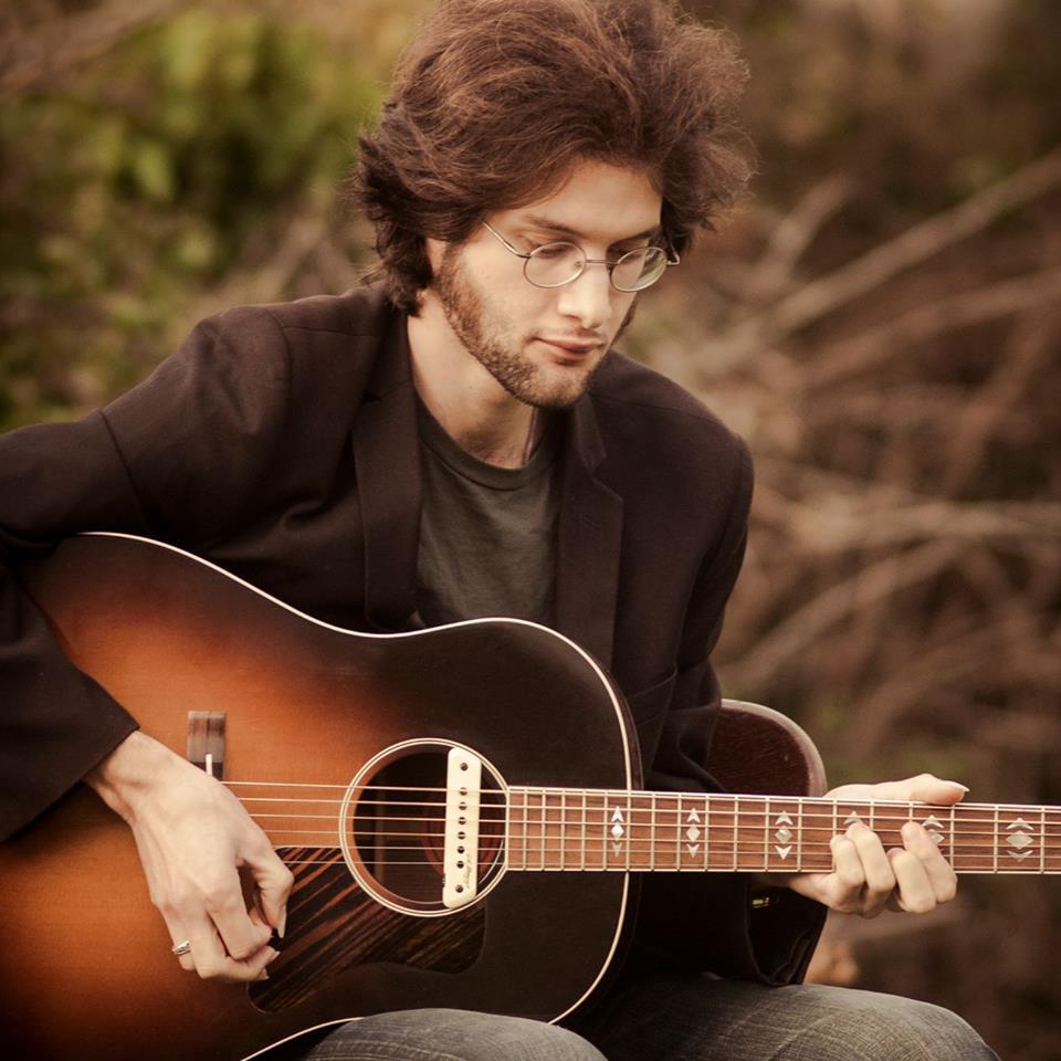 Arthur, guitare